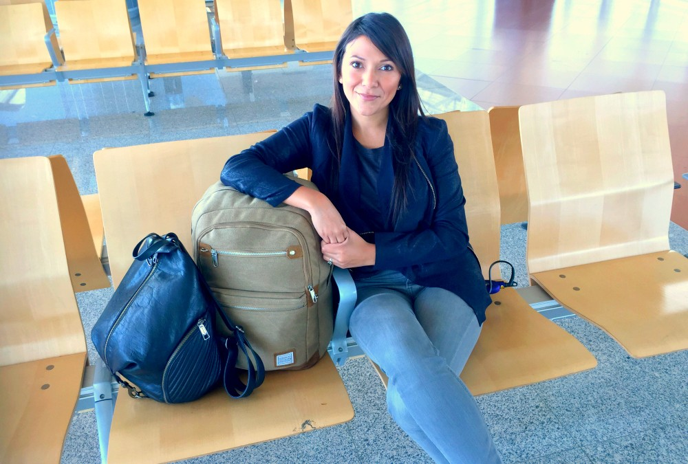 Minimalist Travel What S In My Bag For 4 Weeks 2 Continents