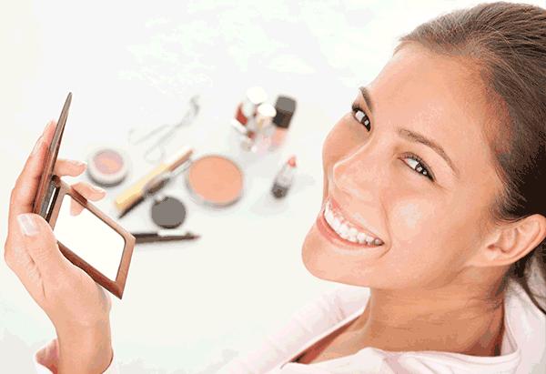 Travel Makeup: Facing the Day