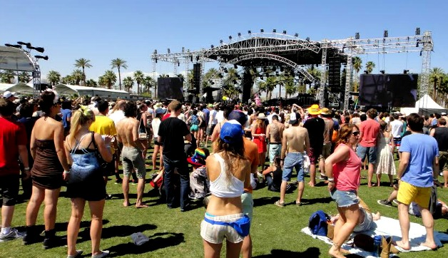 What to Wear to Coachella Music Festival