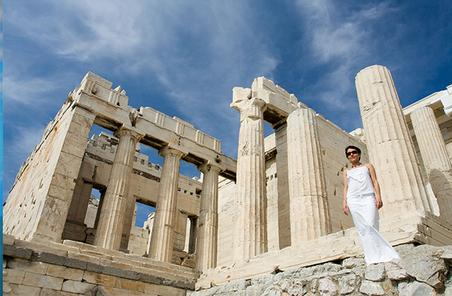 What to Wear in Greece: Packing List for Athens and Style ...