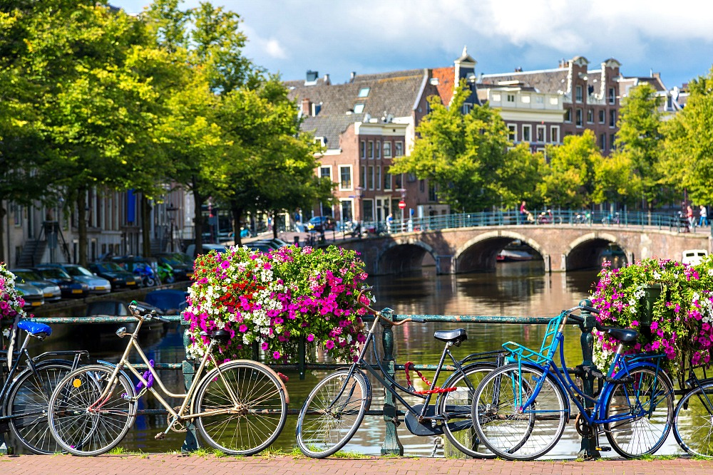 What to Wear in Amsterdam Year-Round