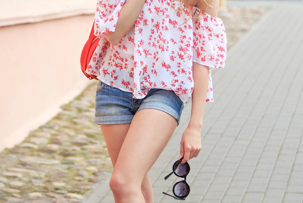 wearing-shorts-in-paris