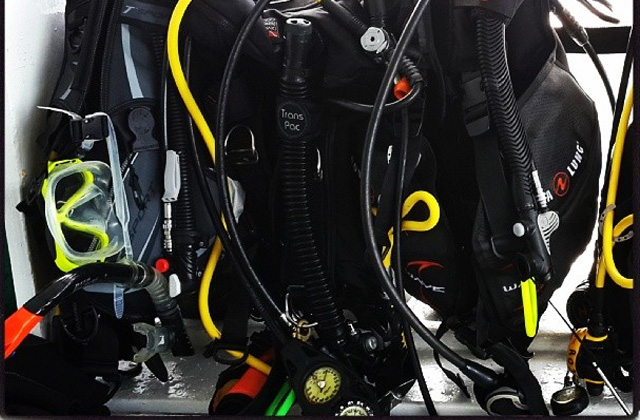 Scuba Gear Packing Tips for Liveaboards and Diving Holidays
