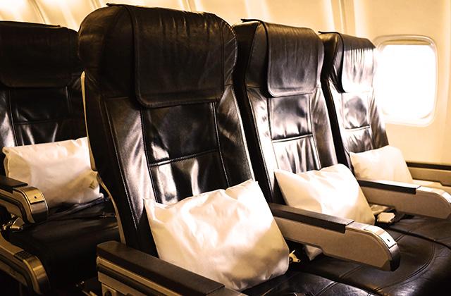 Make Your Own In-flight Travel Kit!