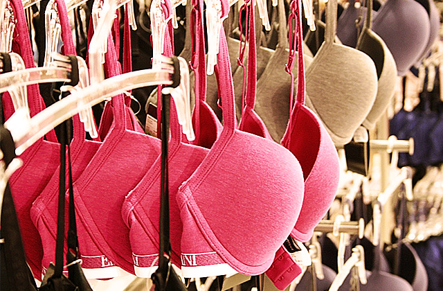How Many Bras Do You Pack When Traveling?