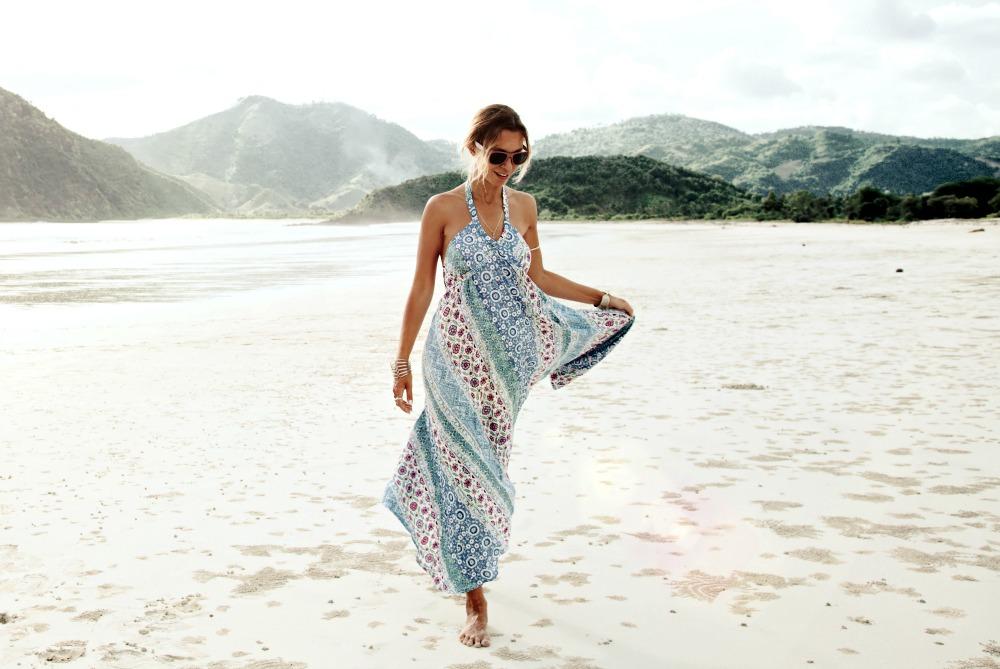 b9363eeaa3a 9 Best Travel Dress Styles for Summer