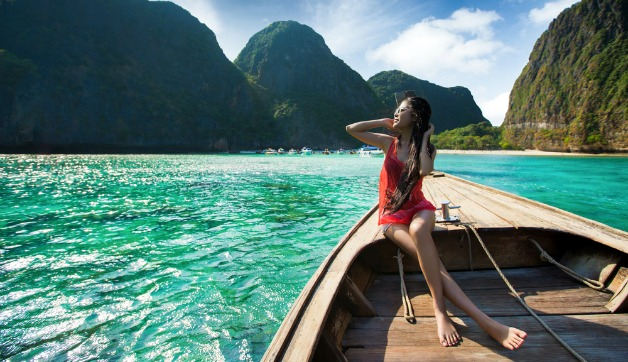 5 Must Have Beauty Products for Travel (and Why I Won't Leave Home Without Them)