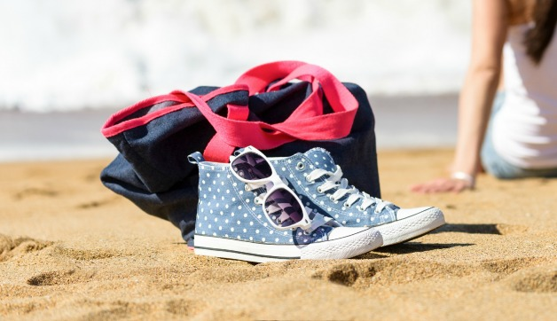 Travel-Friendly Womens Casual Sneakers: 6 Trendy Styles to Shop Now