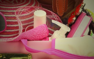 14 Point Checklist: What Travel Beauty Products to Pack (and Leave Behind)