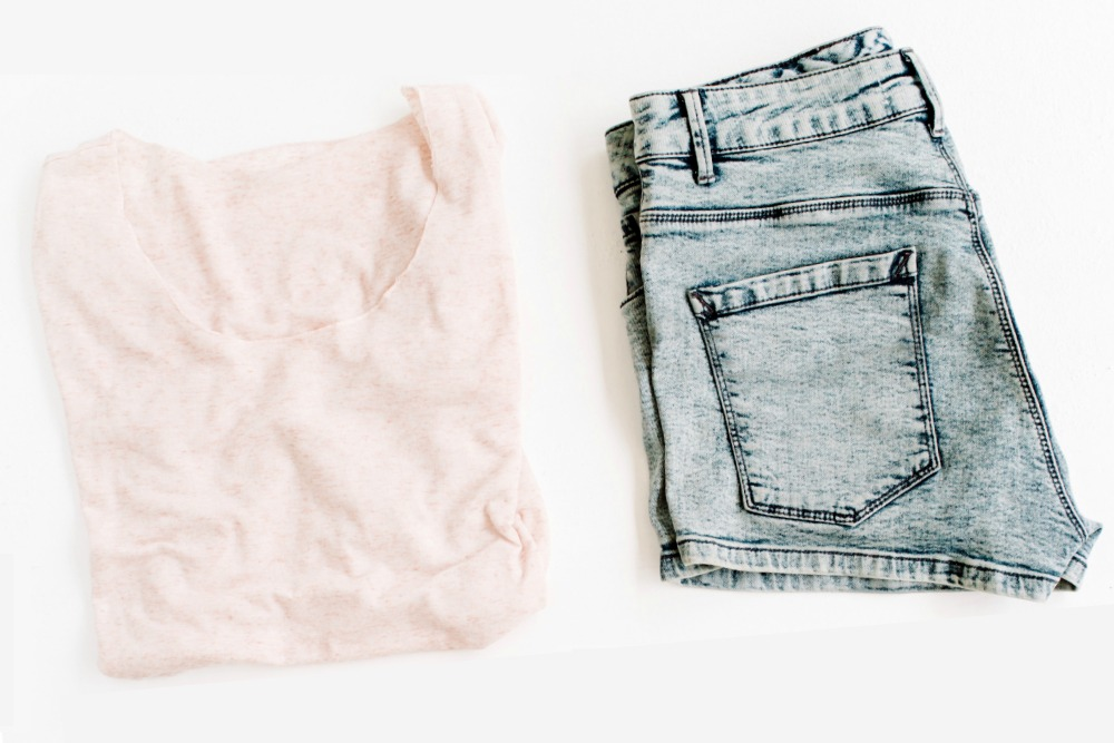 Wondering How to Make Clothes Smell Fresh on the Go? 6 Dirty Little Secrets