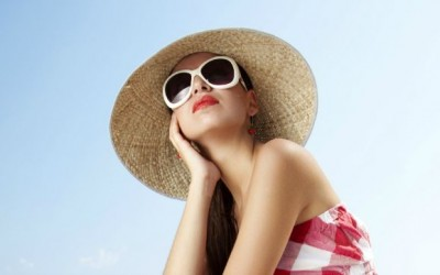 Benefits of Polarized Sunglasses for Women Plus 10 Stylish Shades