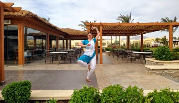 Dance Around the World with Simone Gasser