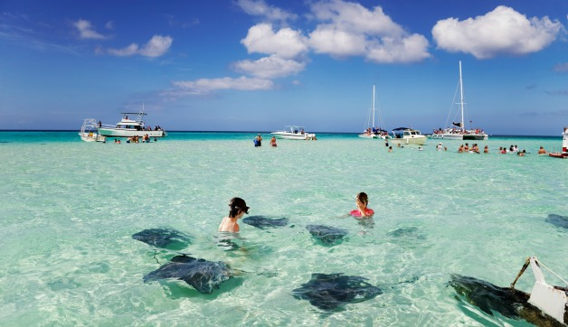 What to Pack for Grand Cayman in Spring and Summer