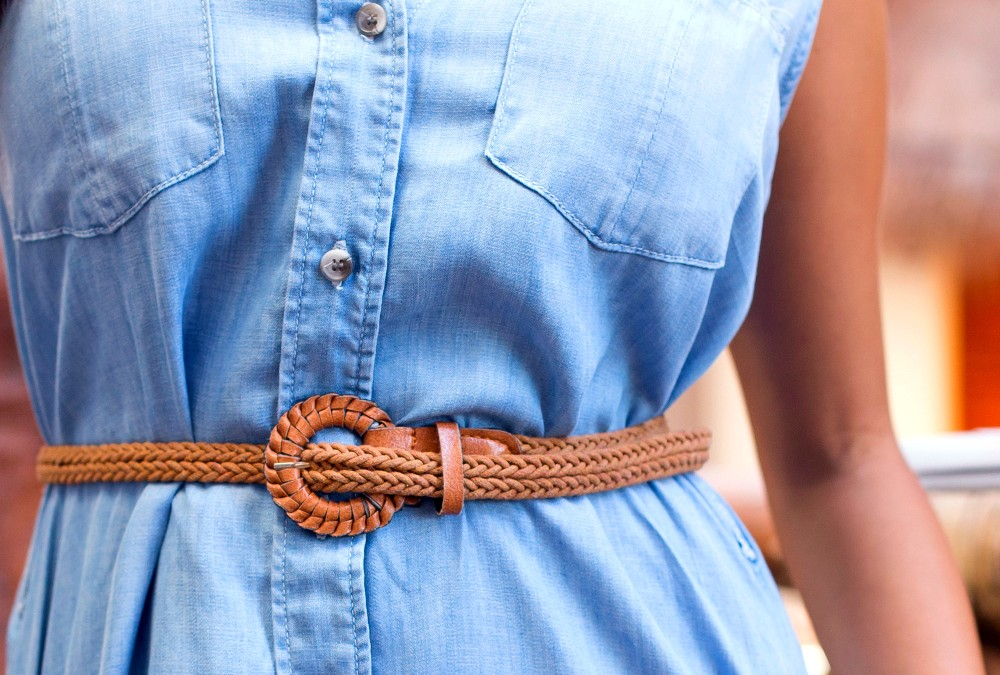 How to Wear Chambray Clothing for Travel