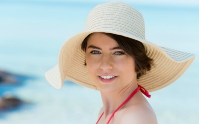 Cute Summer Hair Ideas: Accessories and Hats for Travel