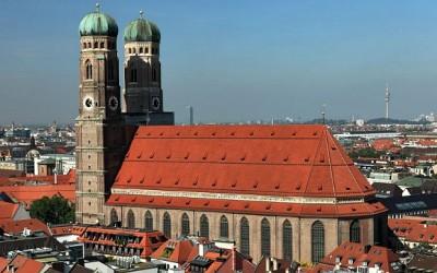 What to Wear in Munich (Oktoberfest): Insider Style Tips