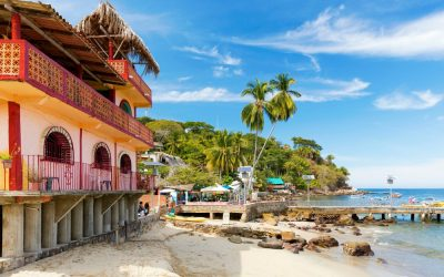 What to Wear in Puerto Vallarta: Resorts, Weddings, Beaches, and Nightlife