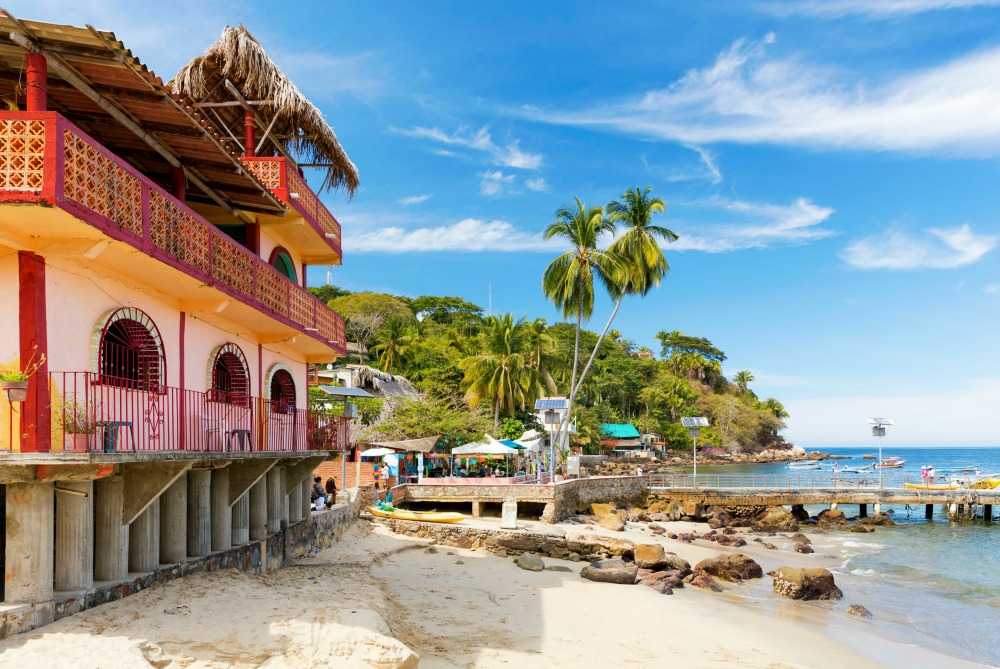 What to Wear in Puerto Vallarta: Resorts, Weddings, & Beaches