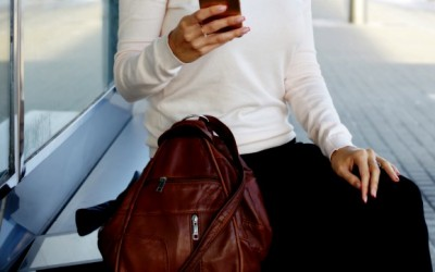 How to Choose the Best In-flight Travel Purse