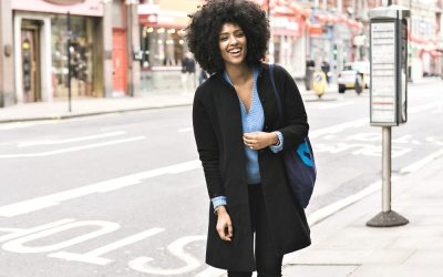 How to Choose the Best Travel Coat: Classics vs Trends