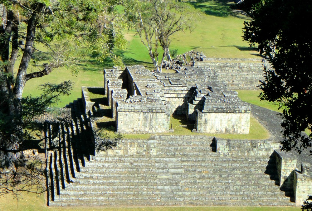 What to Wear in Honduras: Ruins, Islands, and Cities