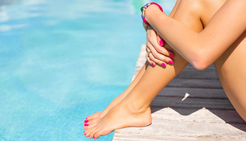 How to Make Nail Polish Last Longer through a Vacation