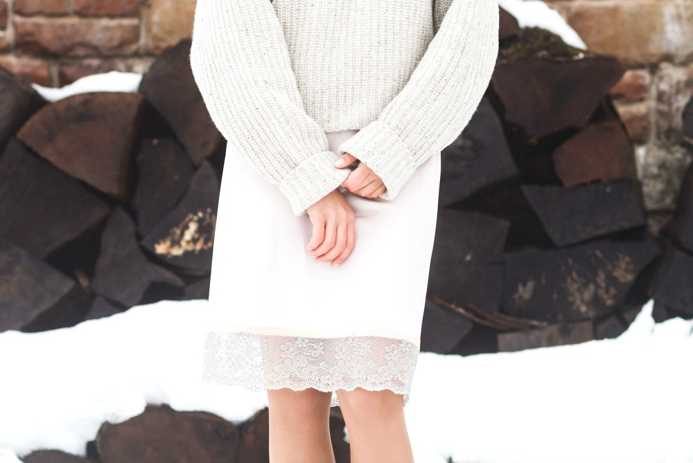 Skirt Outfits: How to Wear a Skirt when it's Still Cold Outside