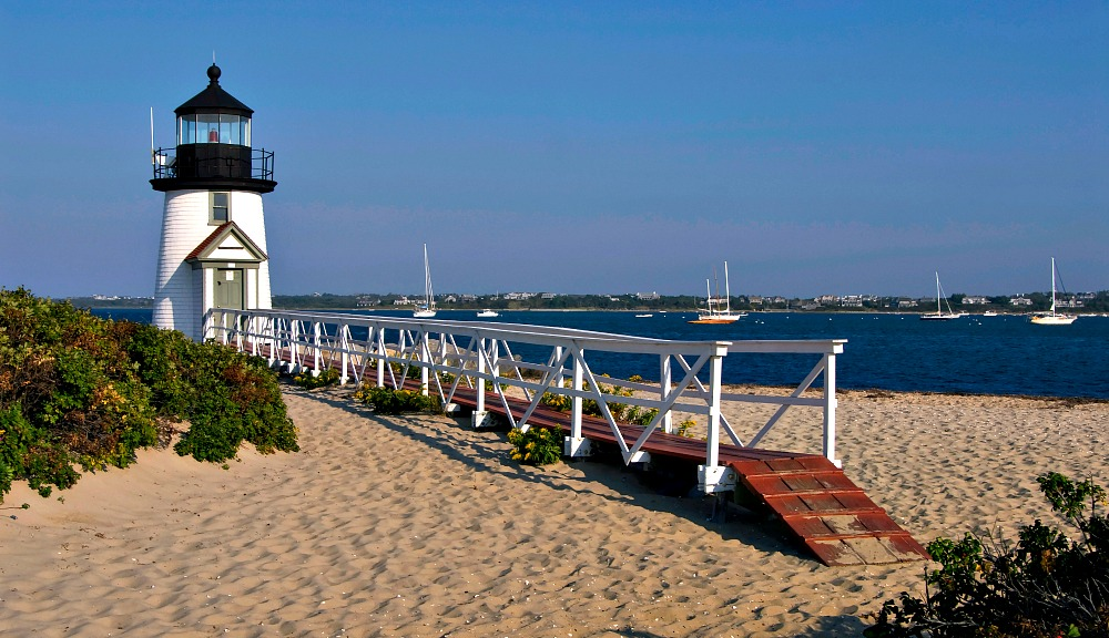What to Wear in Nantucket: Packing Preppy for Figawi Weekend