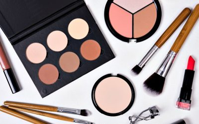 Pack Lighter with a Capsule Makeup Collection