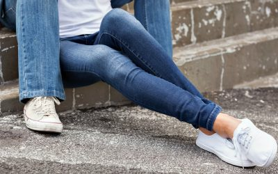 Our Readers Voted for the 7 Best Skinny Jeans for Travel, Find Out Their Top Picks