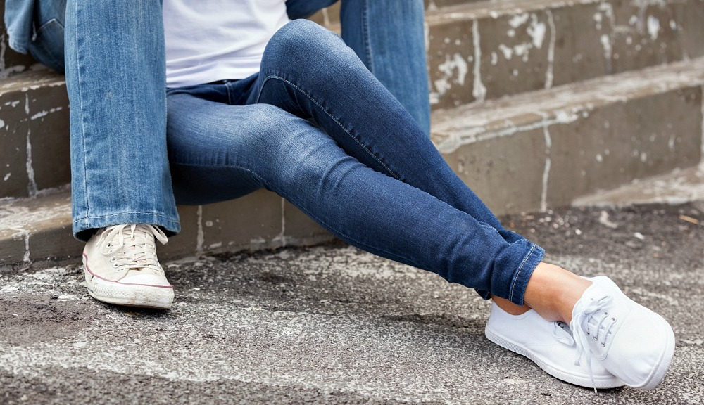 Our Readers Voted for the 6 Best Skinny Jeans for Travel, Find Out Their Top Picks