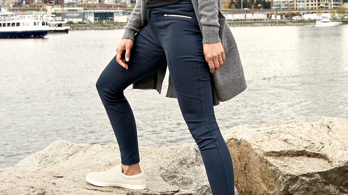74ed1cd383faa6 The 8 Best Athleta Pants for Travel