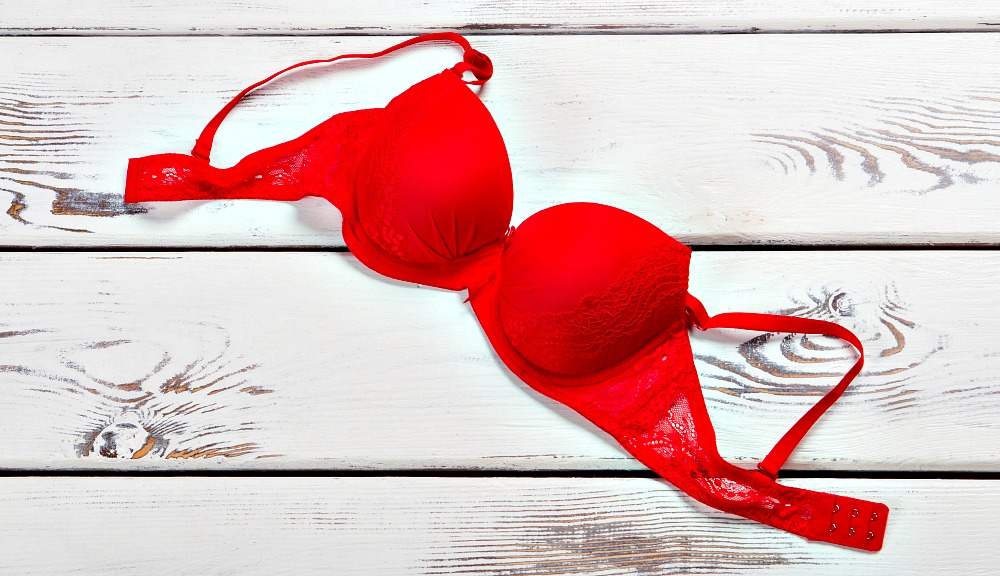 Can I Wear an Underwire Bra through Airport Security?