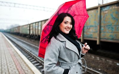 What to Wear on a Rainy Day When You're Traveling