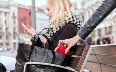 If You Are Pickpocketed When Traveling Abroad, Follow These Steps