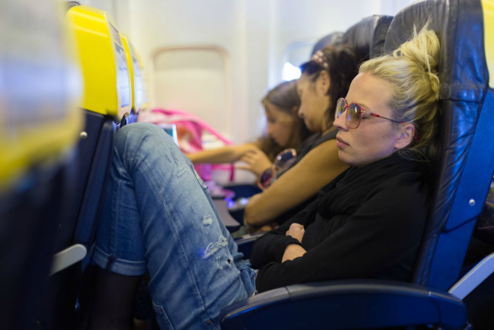 How to Alleviate Back Pain During Flights