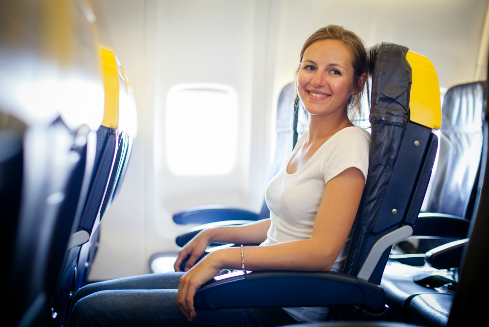 The Best Airplane Footrest for Travelers to Ease Back Pain and Get Rest