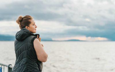 The Best Travel Vest for Women: 15 Cozy Reader Picks