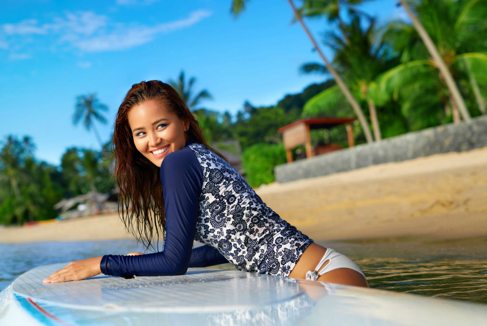 Best Rash Guards for Women to Scuba Dive, Snorkel, and Swim
