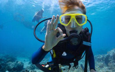 Best Snorkel Masks and Scuba Masks for Women's Oceanic Adventures