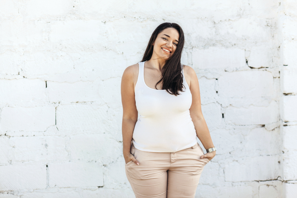 Must-Have Linen Tops for Women That Will Liven Up Any Summer Look
