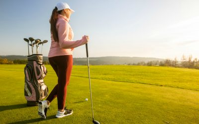 Brave Course Conditions in the Best Womens Golf Jackets and Pullovers