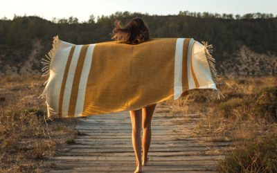 7 Best Turkish Towels: Most Versatile Accessory to Take Anywhere